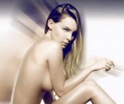 """Belinda Peregrin """"nude"""" & bikini for her new VideoClip *21 MQ*"""